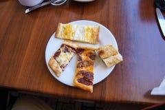 Pide tradizionale con formaggio Immagini Stock Libere da Diritti