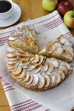 Pie with apples and cinnamon Royalty Free Stock Photos