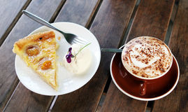 Pie and coffee Royalty Free Stock Images