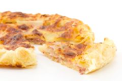 Pie with potatoes, ham and mozzarella Royalty Free Stock Photos