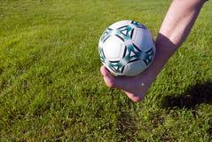 Pie y bola. Imagen de archivo
