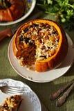 Piec Bania z Rice i Owoc TARGET330_1_ Fotografia Stock