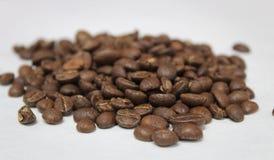 Piec Całej fasoli kawa Zdjęcia Stock