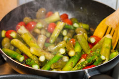 Piec i Przyprawiający warzywa w porcja półmisku Obraz Royalty Free