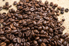 Piec kawowe fasole, mogą jest używać jako tło Obrazy Royalty Free