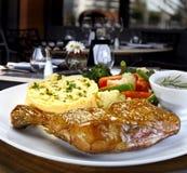 Piec kurczak na restarant Zdjęcia Stock