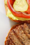 Piec na grillu hamburger obraz stock