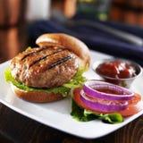 Piec na grillu indyczy hamburger Obrazy Stock
