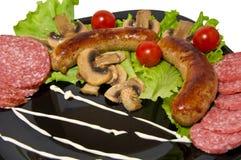 Piec na grillu kiełbasy, prosty gość restauracji zdjęcia royalty free