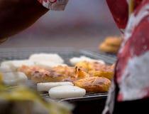 Piec na grillu kleistych ryż ochraniacz z jajkiem Fotografia Stock