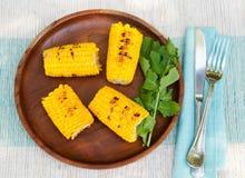 Piec na grillu kukurudza na cob z soli i masła Odgórnego widoku kopii przestrzenią Obraz Stock
