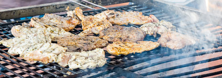 Piec na grillu kurczaków stki Obraz Royalty Free