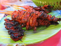 Piec na grillu kurczaka jelito, Isaw/ Obrazy Stock
