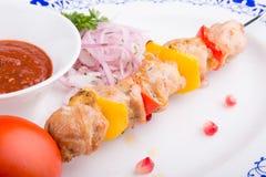 Piec na grillu kurczaka mięso na skewer Zdjęcia Stock