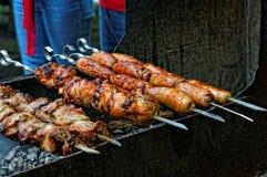 Piec na grillu mięso kiełbasy i Obrazy Stock