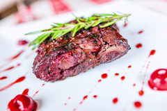 Piec na grillu mięsa Obrazy Royalty Free