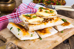 Piec na grillu pita chleb z mozzarella chees Obraz Stock