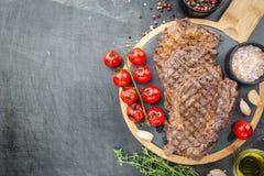 Piec na grillu ribeye wołowiny stek Zdjęcia Stock