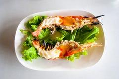 Piec na grillu Rzeczne krewetki zdjęcia royalty free