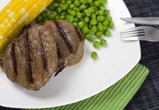 piec na grillu soczysty stek Zdjęcie Royalty Free