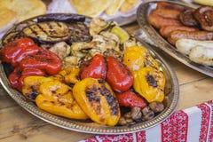 Piec na grillu warzywa na tacy Fotografia Royalty Free
