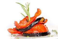 Piec na grillu warzywa na talerzu Zdjęcia Royalty Free