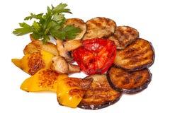 Piec na grillu warzywa odizolowywający na bielu Zdjęcie Royalty Free