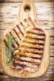 Piec na grillu wieprzowina kotlecików kawałki Pikantność i rozmaryny Obraz Stock