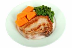 Piec na grillu wieprzowina kotlecik z warzywo posiłkiem Fotografia Stock