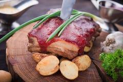Piec na grillu wieprzowina ziobro z grulą Obraz Stock