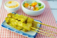 Piec na grillu wieprzowiny satay i słodcy ziele z Thailand& x27; s jedzenie był bardzo popularny w Tajlandia Zdjęcia Royalty Free