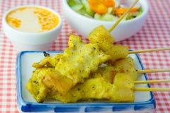 Piec na grillu wieprzowiny satay i słodcy ziele z Thailand& x27; s jedzenie był bardzo popularny w Tajlandia Fotografia Royalty Free
