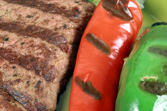 piec na grillu wołowiny zakończenie Obrazy Royalty Free
