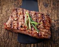 Piec na grillu wołowina stek Fotografia Stock