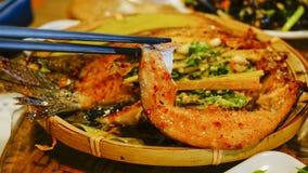 piec na grillu wyśmienicie ryba Obrazy Royalty Free