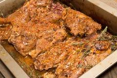 Piec siekał jagnięcego stek z szafranem i pikantność Zdjęcie Stock