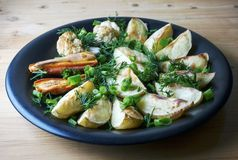 Piec warzywa grule, marchewki i kalafior -, obrazy royalty free
