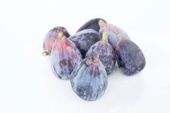 pieces nya frukter för bakgrundsfig vitt purpled frö Arkivfoton