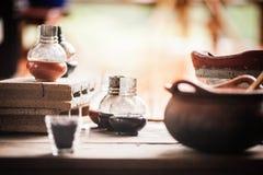 Piecowe Szklane butelki Ceramiczne obraz royalty free