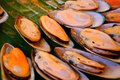 piecowi piec na grillu mussels Zdjęcie Stock