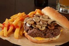Pieczarkowy hamburger Obraz Royalty Free