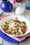 Pieczarkowy risotto w białym pucharze Fotografia Stock