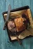 Pieczonej wieprzowiny baleron z czosnkiem i ziele Zdjęcia Stock