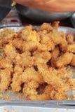 pieczony kurczak jest wyśmienicie w rynku Zdjęcia Stock