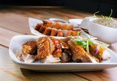 Pieczony kurczak & Piec na grillu wieprzowina Zdjęcie Stock