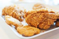 Pieczony kurczak w nadokiennym oświetleniu Zdjęcie Royalty Free