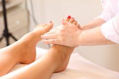 Pied-massage Images libres de droits