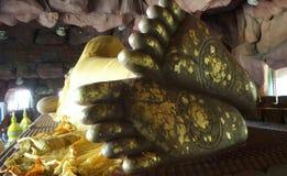 Piede della sogliola della statua di Buddha Fotografia Stock