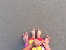 Piede sulla spiaggia Immagini Stock Libere da Diritti