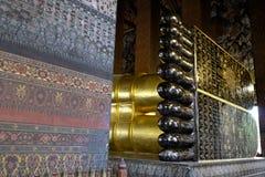 Piedi adagiantesi del Buddha fotografia stock libera da diritti